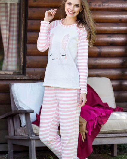 Anıl Tavşan Baskılı Polar Bayan Pijama Takımı 9470