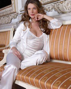 Pierre Cardin iç giyim Çeyizlik 6lı Saten Gecelik, Pijama, Sabahlık ve Şort Takımı 6120 saten pijama