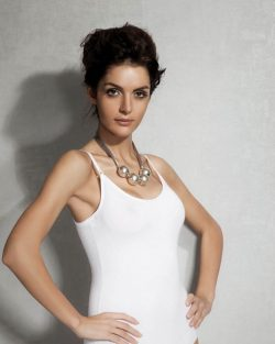 Doreanse iç giyim Pamuklu, Modal Kumaş ve Likralı Alttan Çıtçıtlı İnce Askılı Askıları Çıkarılabilir Bayan Body 12101 beyaz
