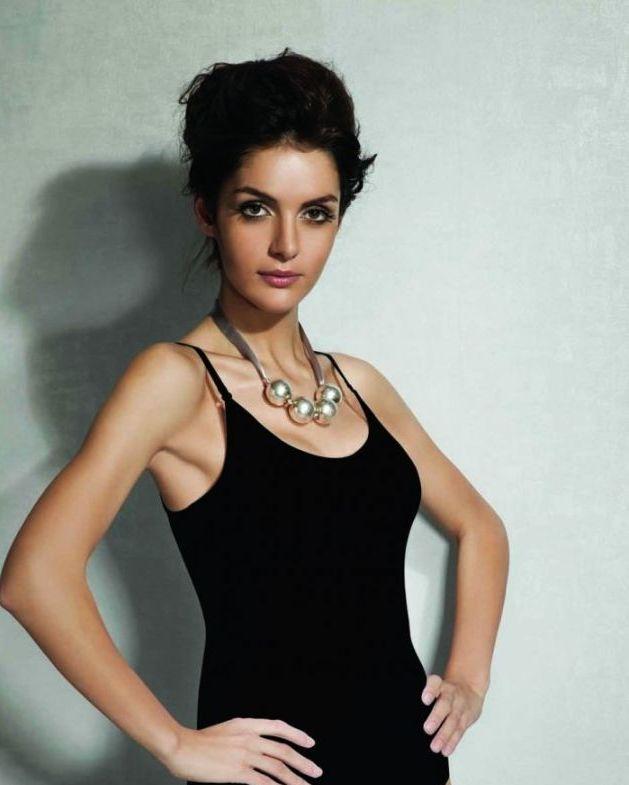 Doreanse iç giyim Pamuklu, Modal Kumaş ve Likralı Alttan Çıtçıtlı İnce Askılı Askıları Çıkarılabilir Bayan Body 12101 siyah