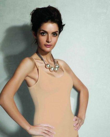 Doreanse iç giyim Pamuklu, Modal Kumaş ve Likralı Alttan Çıtçıtlı İnce Askılı Askıları Çıkarılabilir Bayan Body 12101 ten