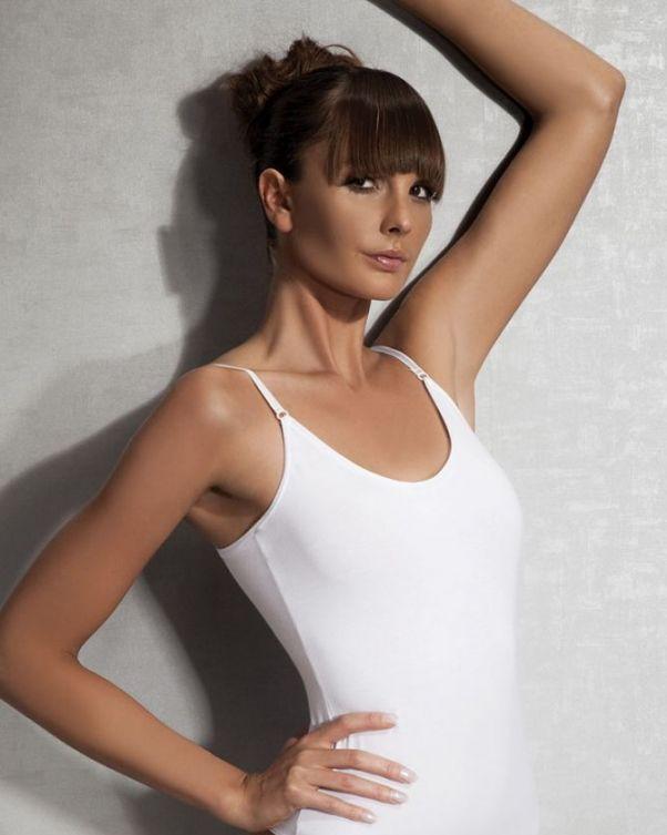 Doreanse iç giyim Pamuklu, Modal Kumaş ve Likralı Alttan Çıtçıtlı İnce Askılı Bayan Body 12201 beyaz