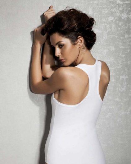 Doreanse iç giyim Pamuklu, Modal Kumaş ve Likralı Alttan Çıtçıtlı Kalın Askılı Bayan Sporcu Body 12115 beyaz arka