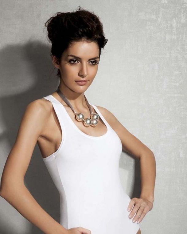 Doreanse iç giyim Pamuklu, Modal Kumaş ve Likralı Alttan Çıtçıtlı Kalın Askılı Bayan Sporcu Body 12115 beyaz