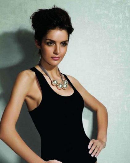 Doreanse iç giyim Pamuklu, Modal Kumaş ve Likralı Alttan Çıtçıtlı Kalın Askılı Bayan Sporcu Body 12115 siyah