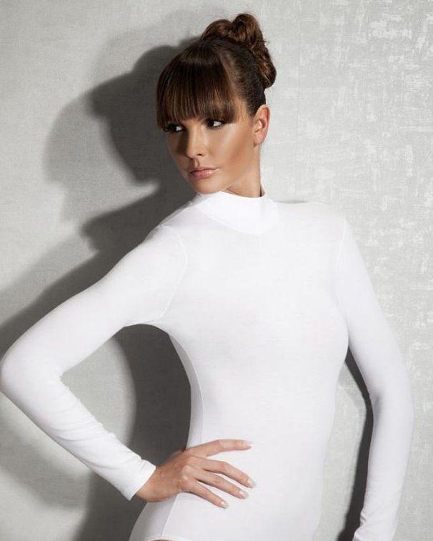 Doreanse iç giyim Pamuklu, Modal Kumaş ve Likralı Alttan Çıtçıtlı Uzun Kollu Boğazlı Bayan Body 12407 beyaz