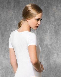 Doreanse iç giyim Pamuklu, Modal Kumaş ve Likralı Alttan Kopçalı Geniş Yakalı Yarım Kollu Bayan String Body 12320 arka